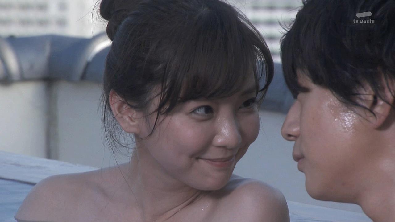 ドラマ「奪い愛、冬」で一緒に温泉に入る倉科カナと三浦翔平