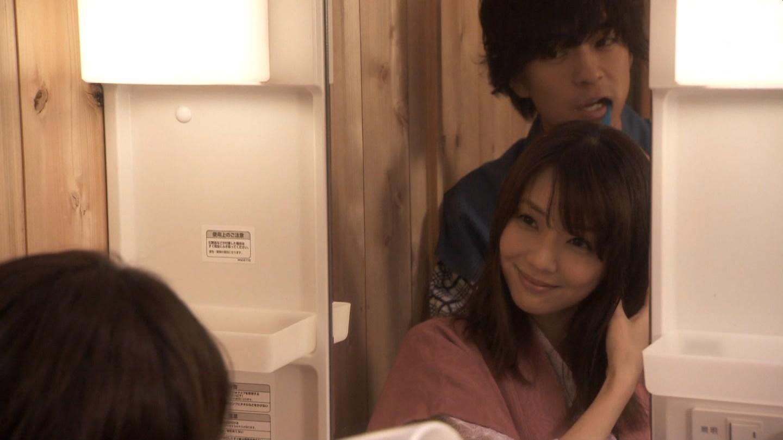 ドラマ「奪い愛、冬」で浴衣を着た倉科カナ