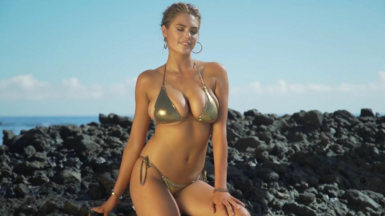 ケイト・アプトンの水着グラビア