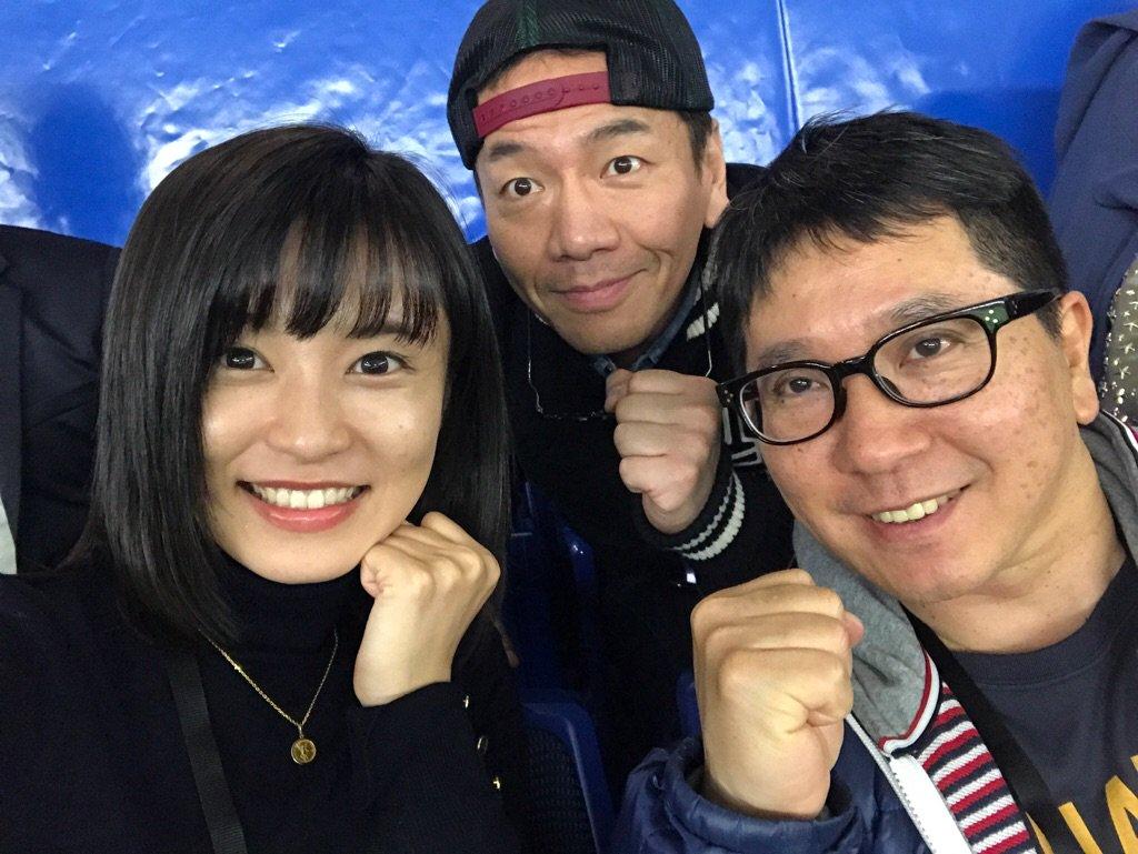 小島瑠璃子、くりぃむしちゅー上田晋也、爆笑問題・田中裕二のスリーショット