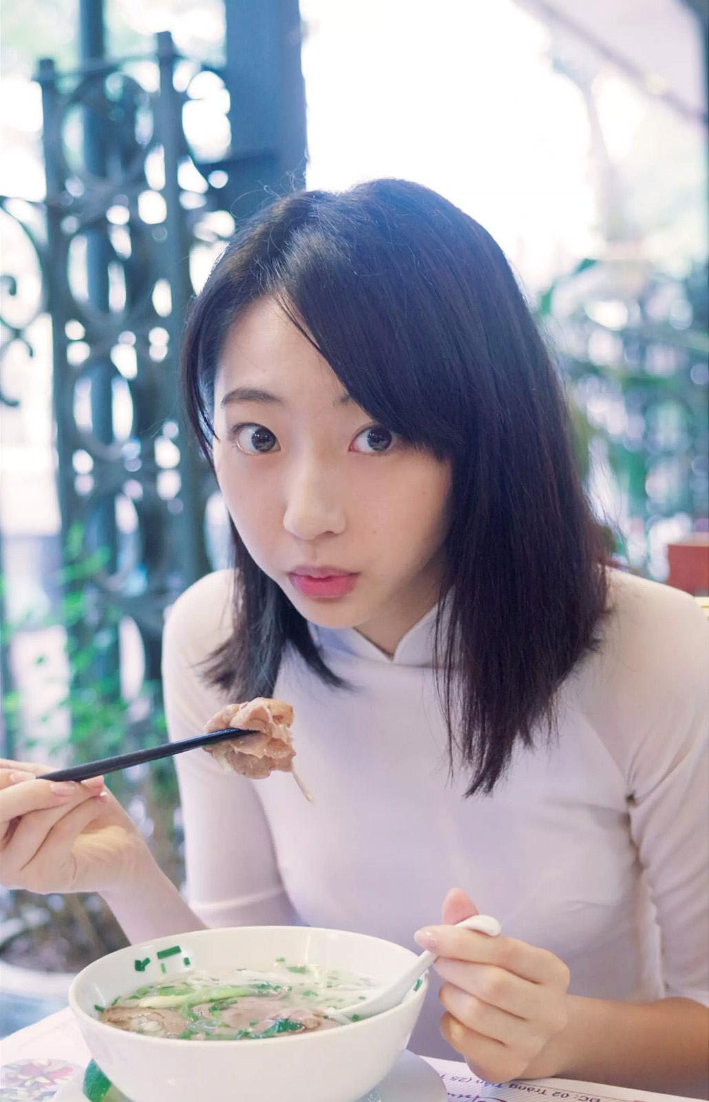 「週刊プレイボーイ 2017 No.12」SWEET 19 MEMORIES mini PHOTOBOOK(武田玲奈のアオザイグラビア)