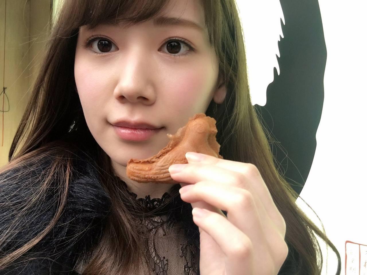 AV女優・明里つむぎの自撮り画像