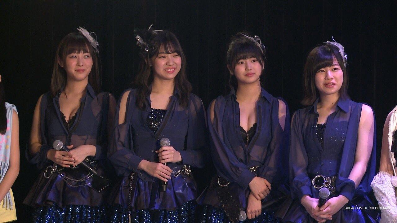 おっぱい谷間が丸見えの衣装を着たSKE48の北野瑠華