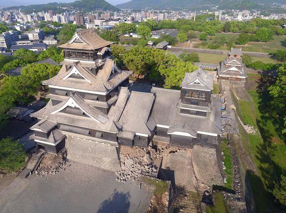 熊本地震で破損した熊本城