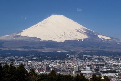 冠雪の富士山_1