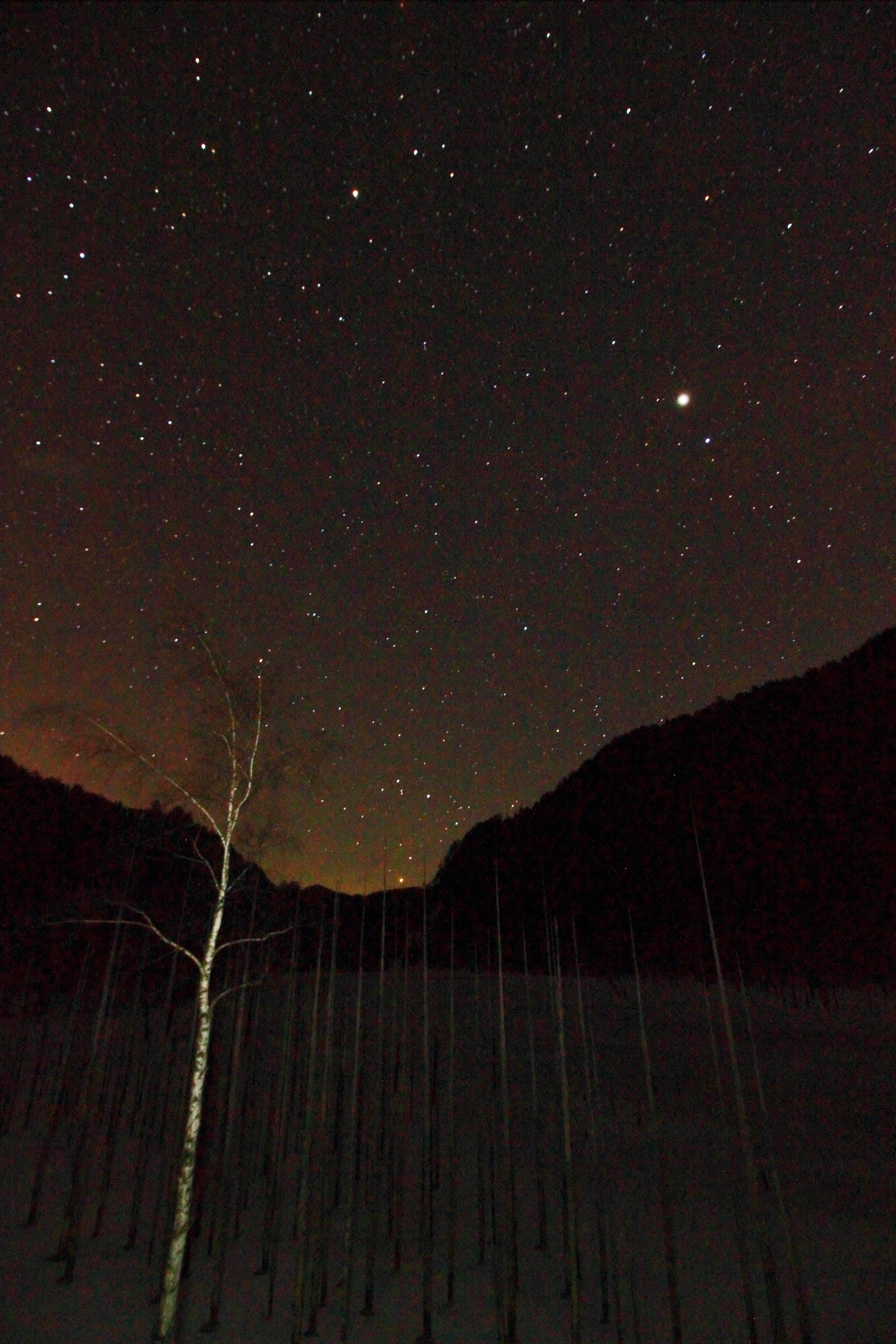 自然湖星2_edited-1