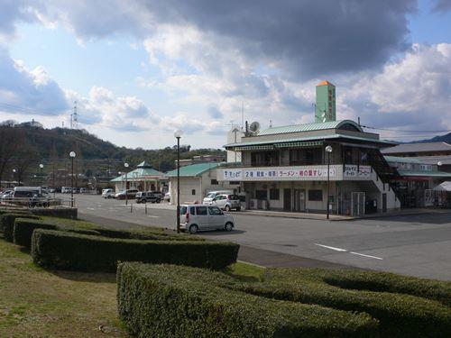 kinokawamanyou290327018_R.jpg