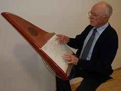 Hermann_Harp2.jpg