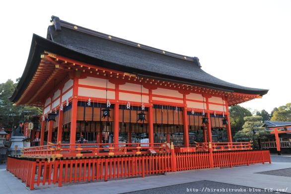 伏見稲荷大社 拝殿ーSN