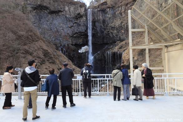華厳の滝1-SN