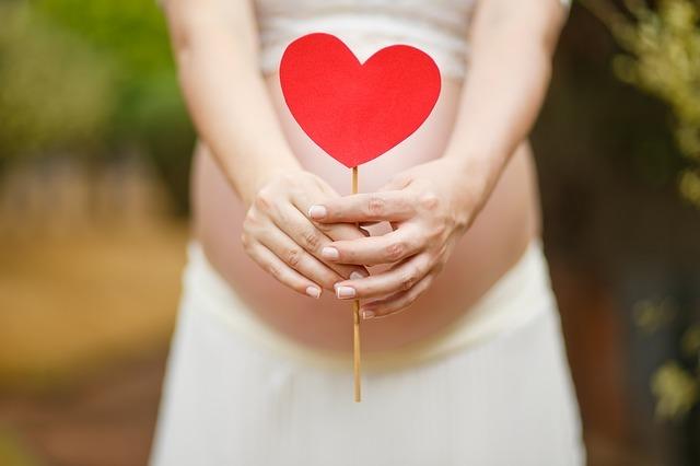 月に1回しかない妊娠可能なタイミング「排卵日」を調べる3つの方法
