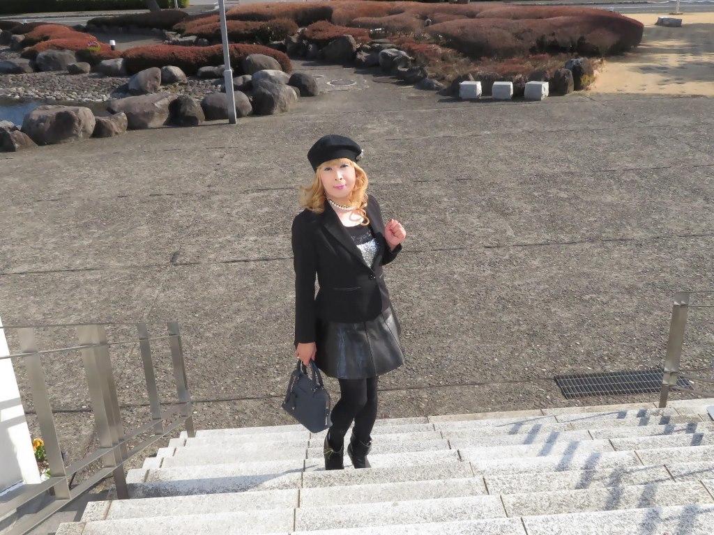 黒レザーミニフレア黒帽子A(8)