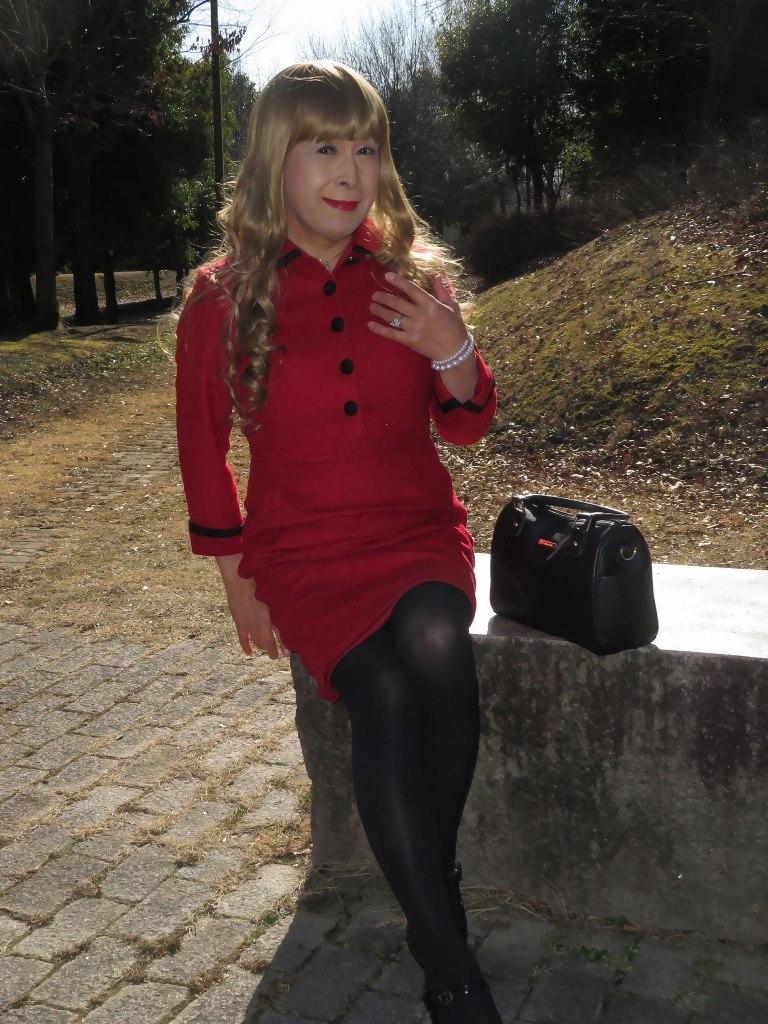 黒ボタン赤タイトワンピB(8)
