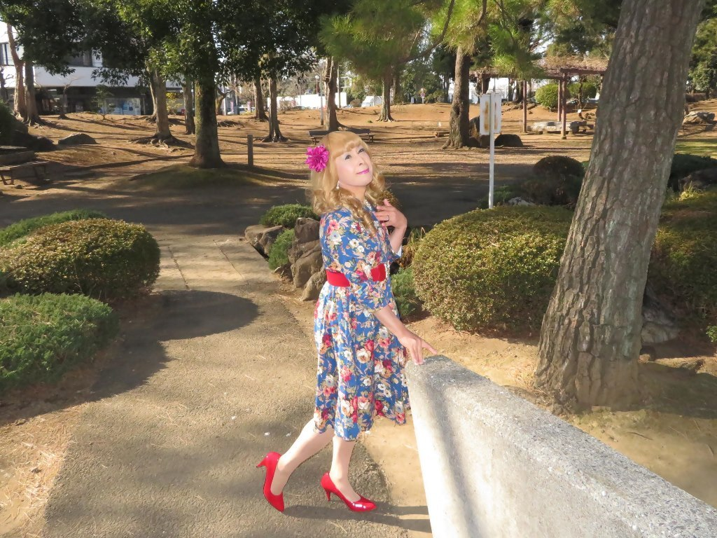 花柄ワンピ赤い靴B(8)
