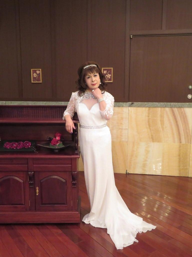歌謡祭白ドレスB(4)