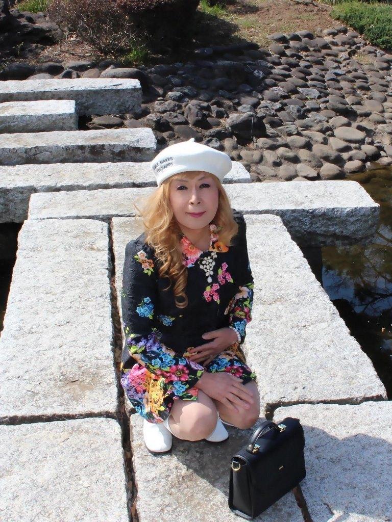 白ベレー花柄ミニワンピD(2)