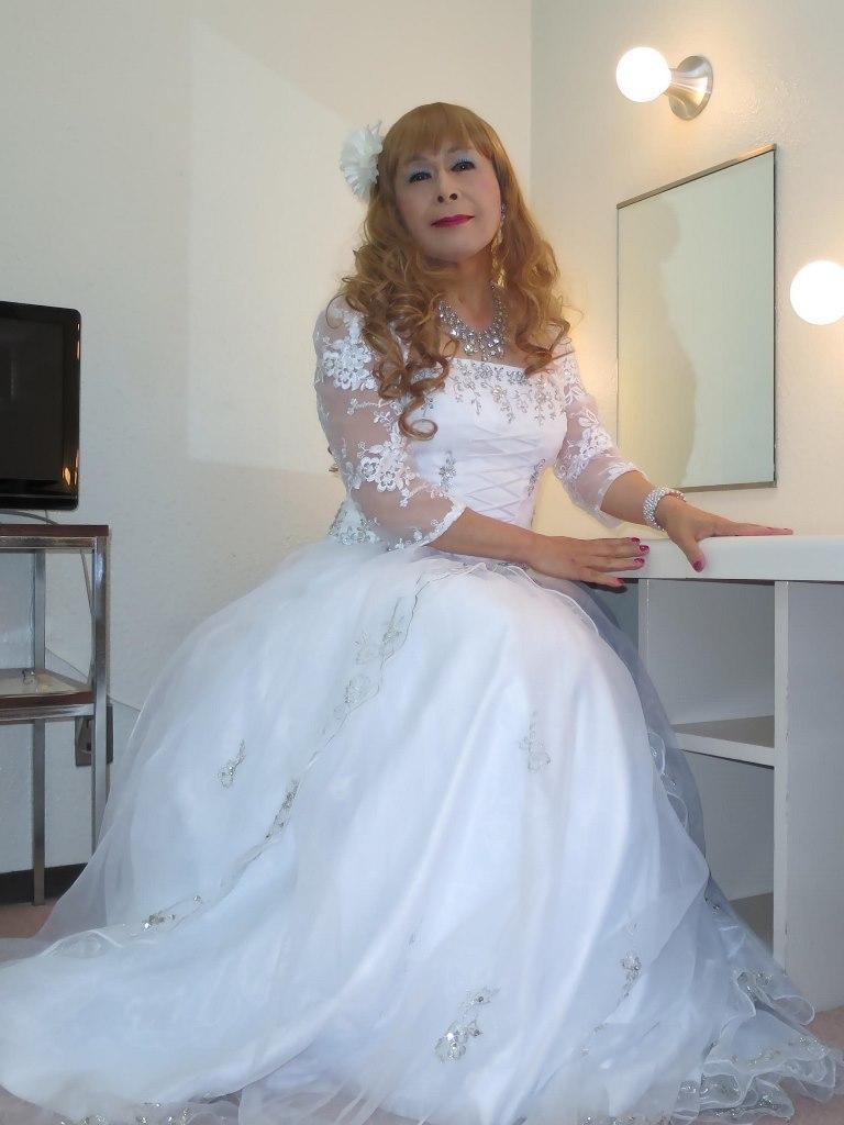 白ドレス舞台更衣室にてB(4)