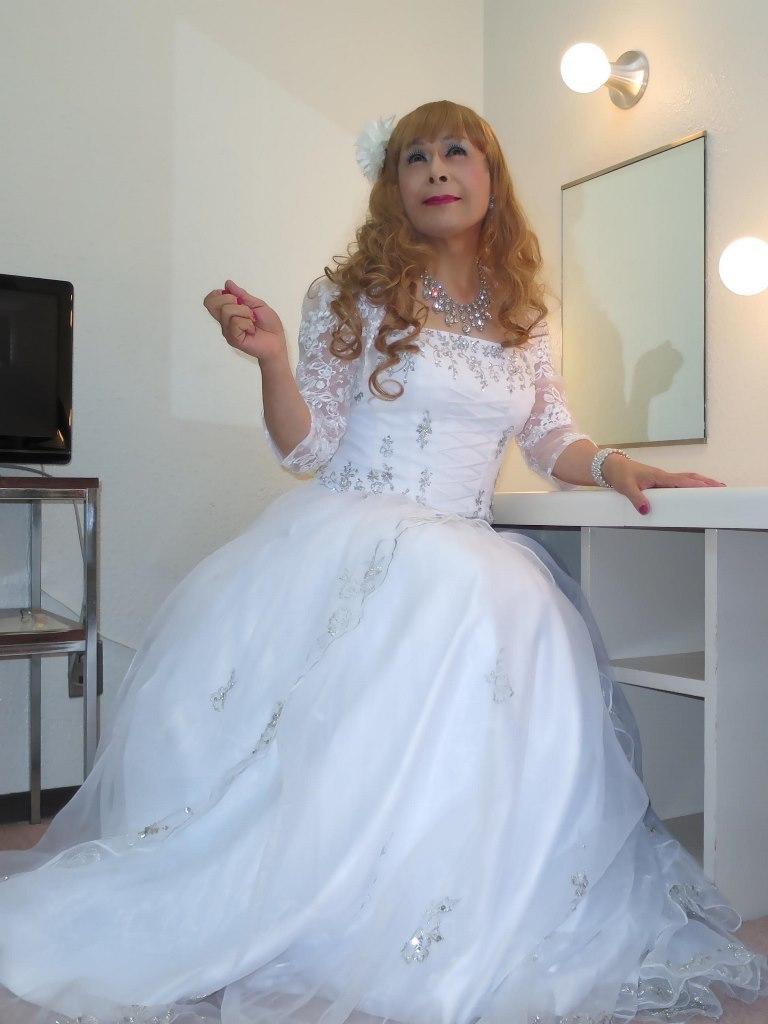 白ドレス舞台更衣室にてB(5)