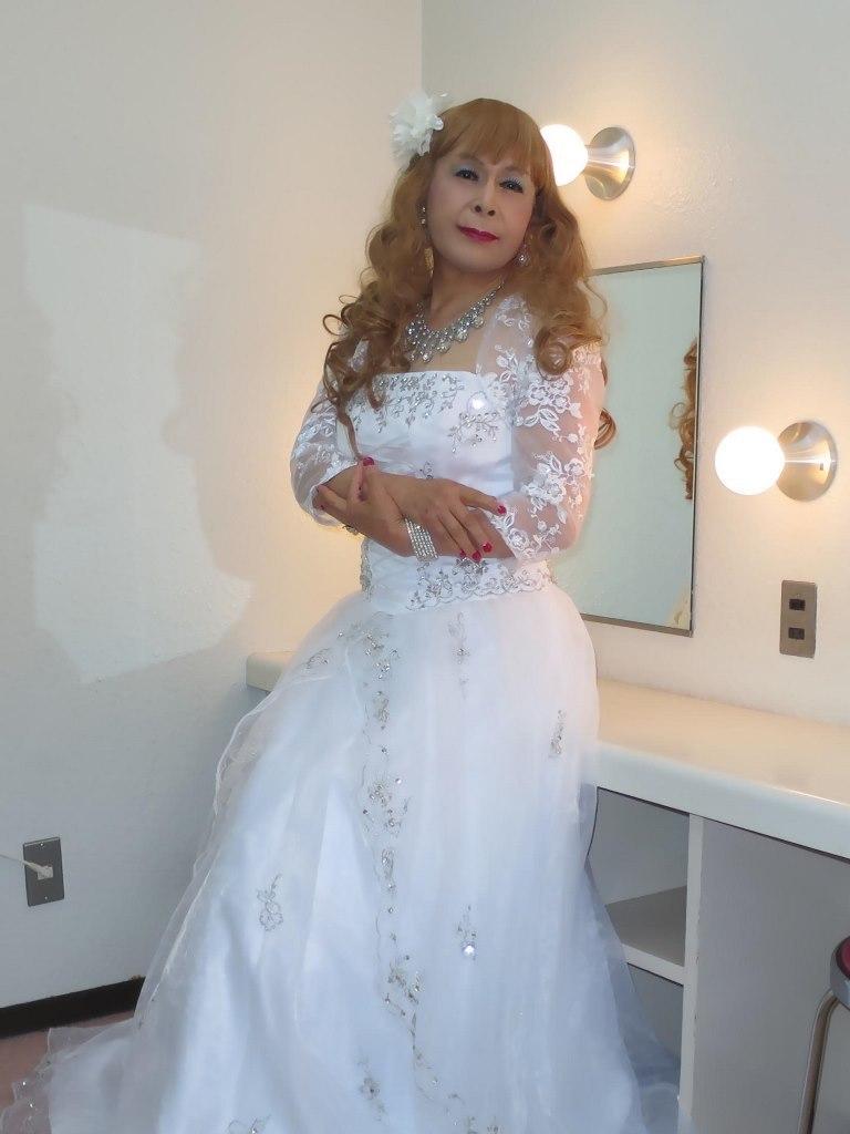白ドレス舞台更衣室にてB(7)
