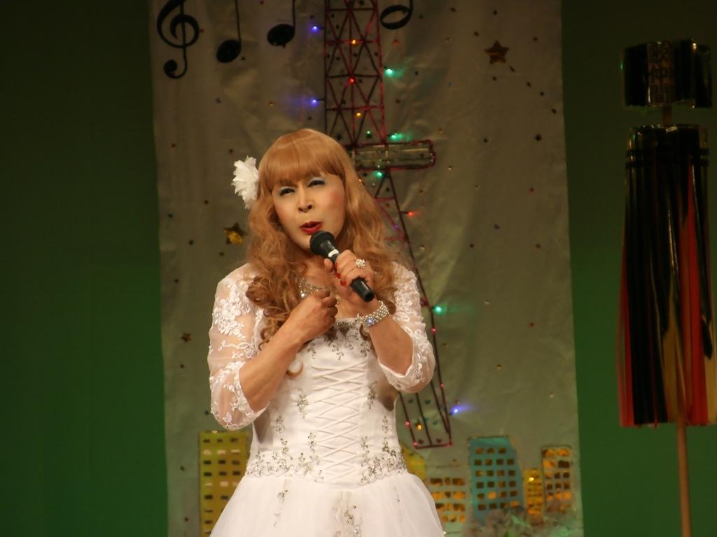 白ドレス舞台おんな炎B(4)