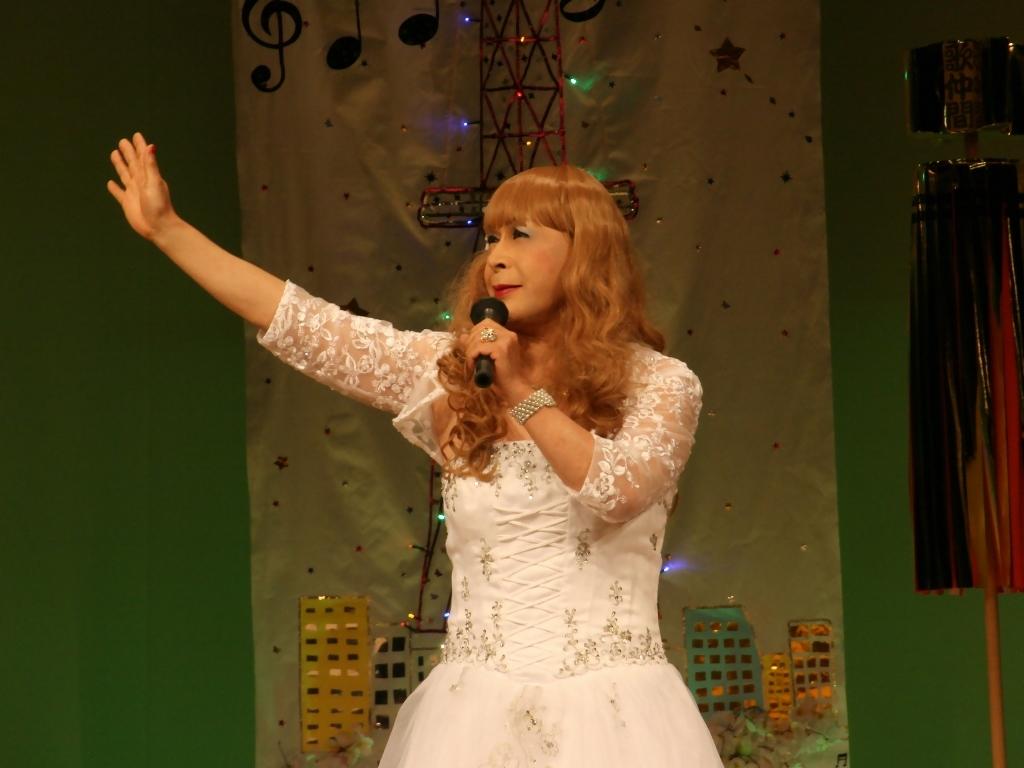 白ドレス舞台おんな炎B(6)