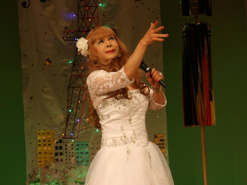 白ドレス舞台おんな炎B(9)