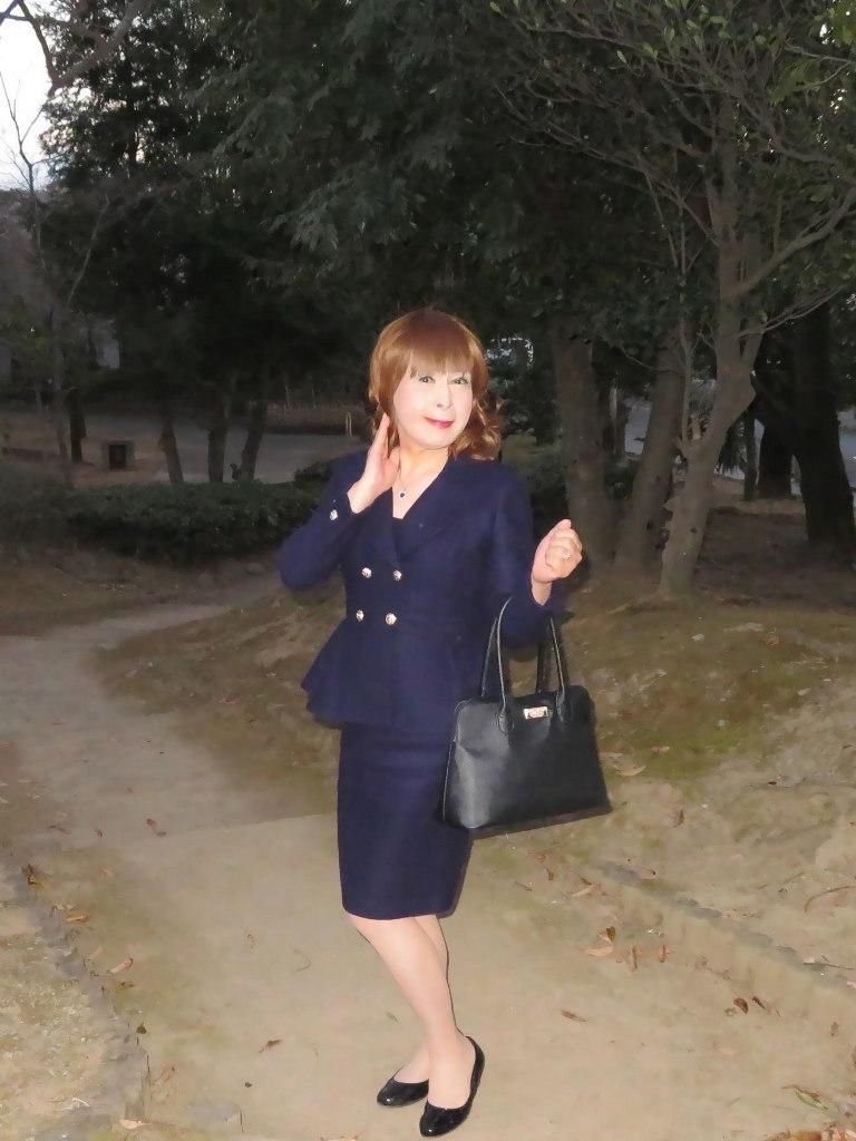 紺のダブルボタンスーツA(6)