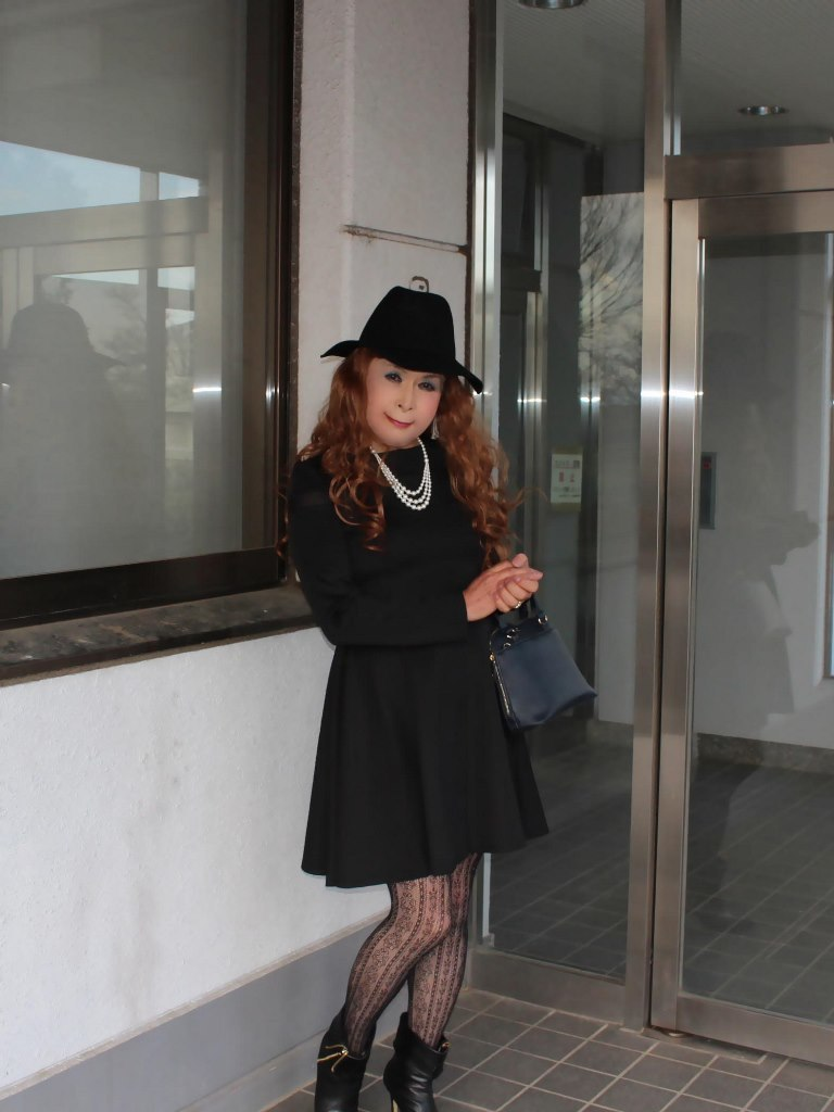 黒帽子黒フレアーワンピA(1)