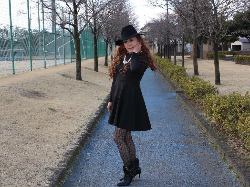 黒帽子黒フレアーワンピB(3)