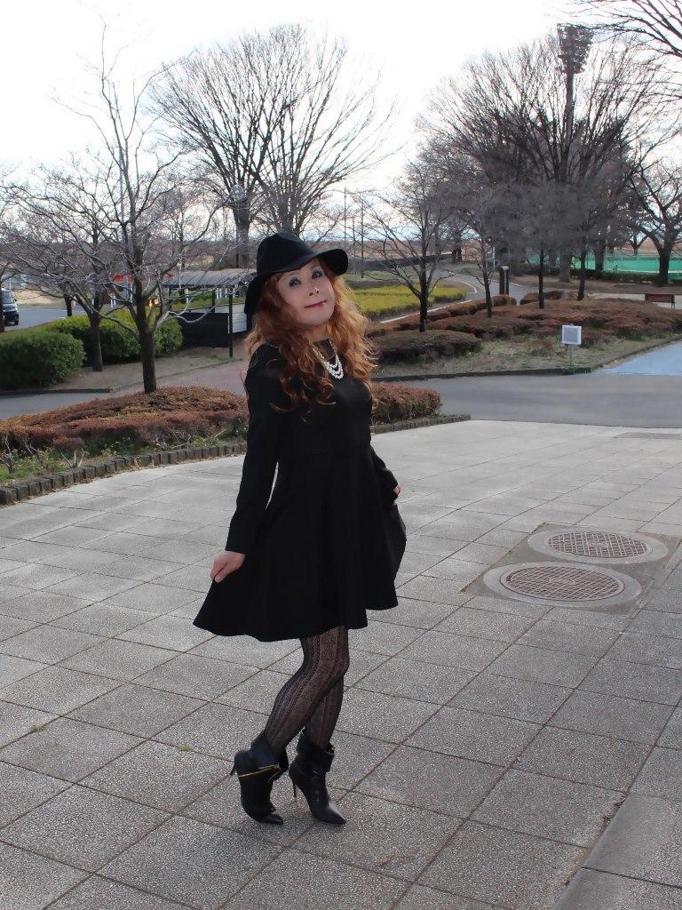 黒帽子黒フレアーワンピB(8)