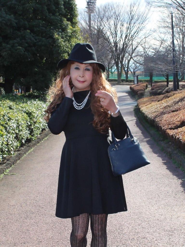 黒帽子黒フレアーワンピC(1)
