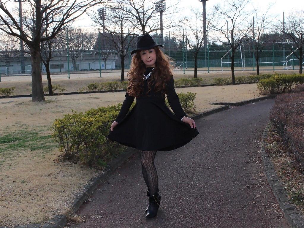 黒帽子黒フレアーワンピC(6)