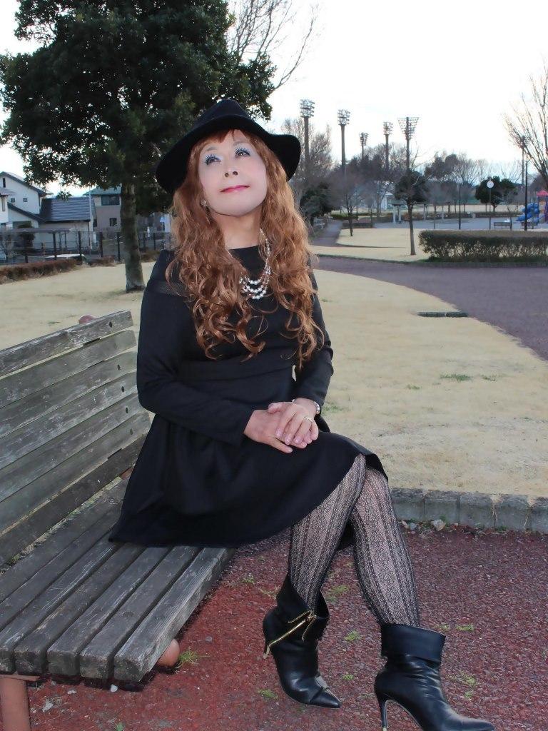 黒帽子黒フレアーワンピD(4)