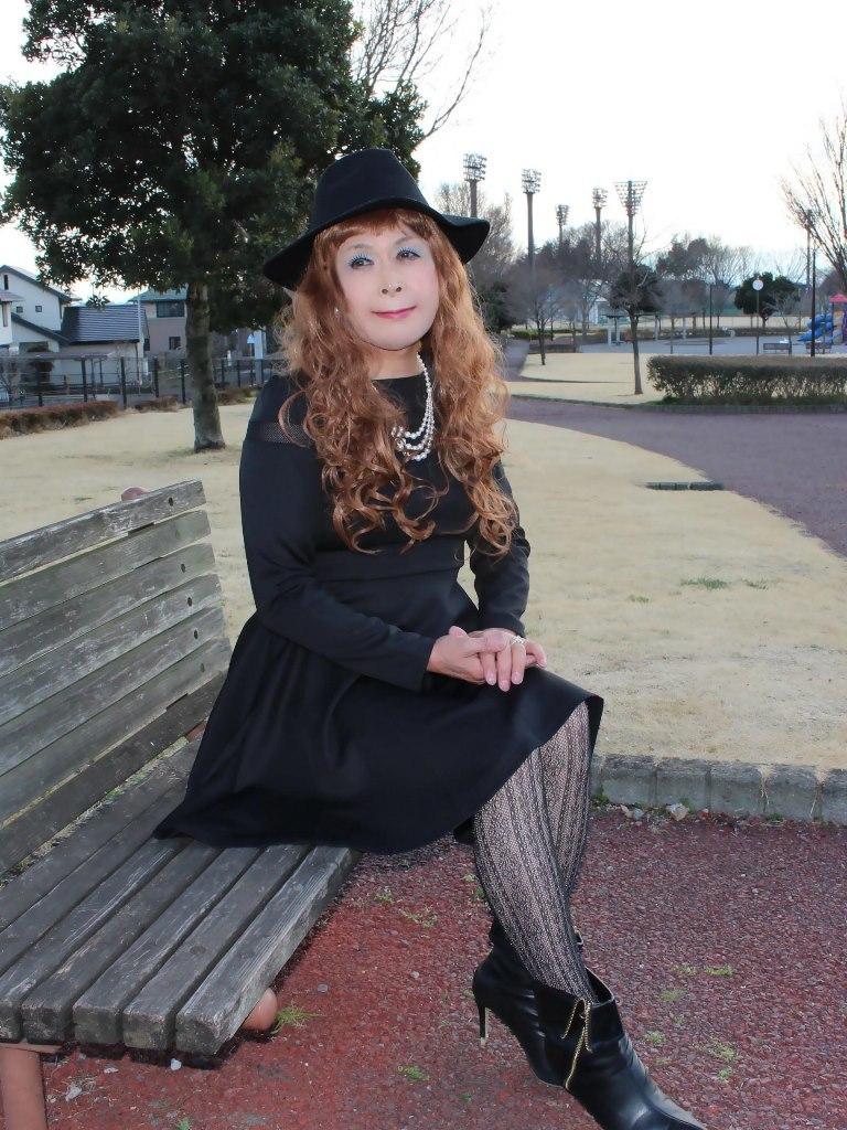 黒帽子黒フレアーワンピD(3)