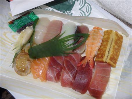 立ち喰い専門店の握り寿司(12カン)