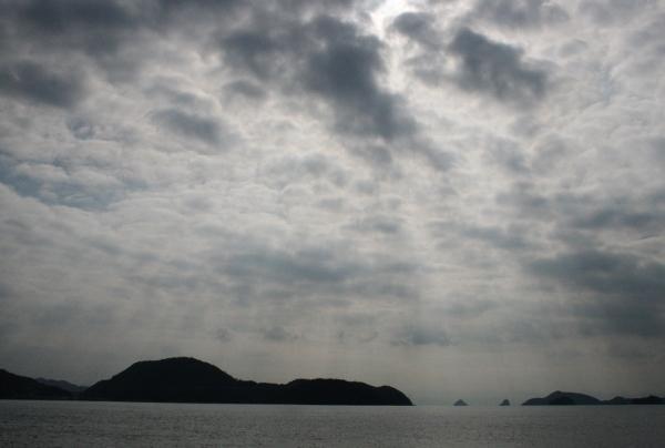 IMG_7749 津和地港に光あれ(600x404)