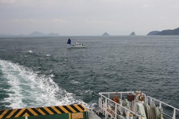 IMG_7811 怒和島を去る(600x400)