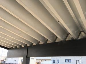 蜘蛛が沢山いたカーポートの天井