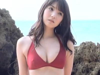 道重さゆみちゃん水着から思いっきりチクポチしている動画