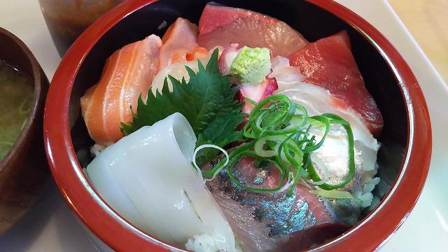 七うら海鮮丼3