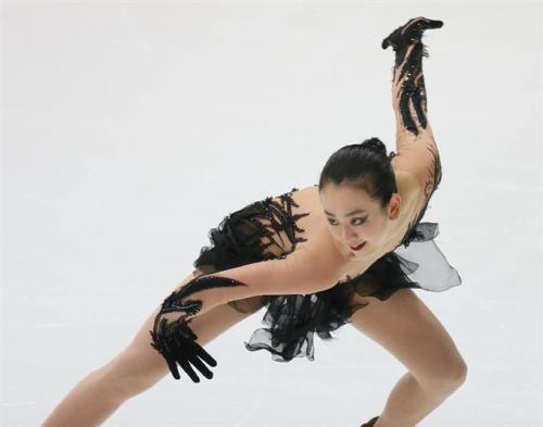 FigureSkatingTripleAxelMaoAsada201617bestprogram01.jpg