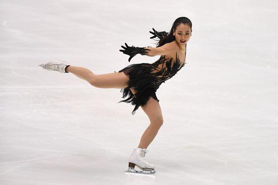 FigureSkatingTripleAxelMaoAsada201617bestprogram06.jpg