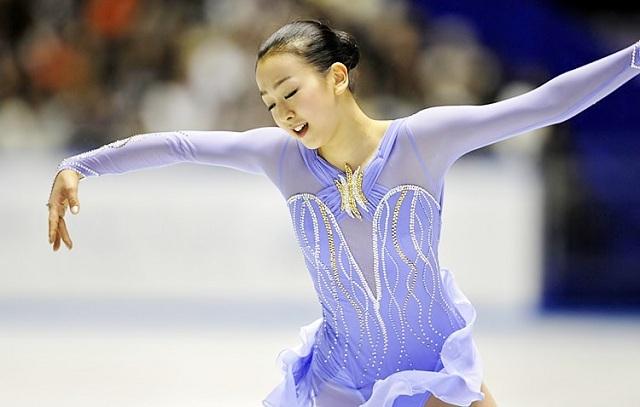 Mao-Asada-Figure-Skater-Skating-Claire-Du-Lune-2008-purple25.jpg