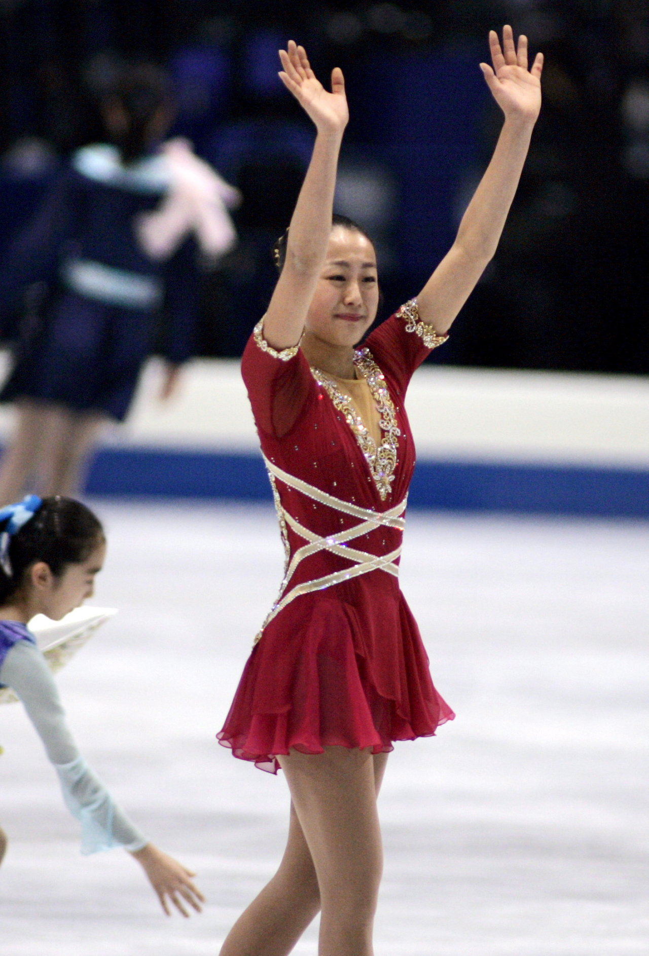 mao-asada-csardas-2006-triple-axel-jumper-figure-skating31.jpg