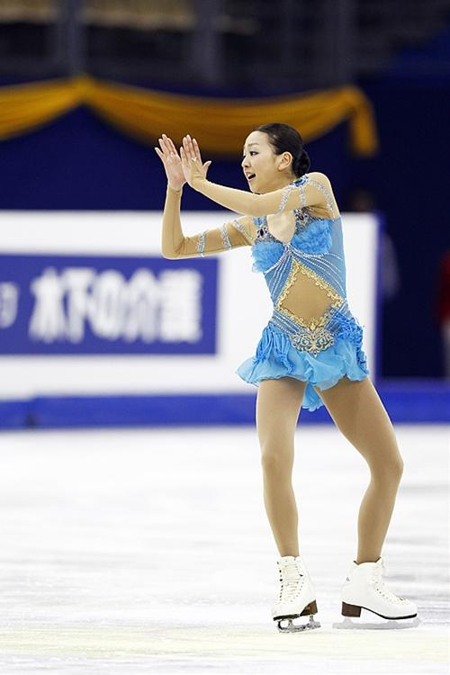 scheherazade-figureskating-mao-asada-skirt04.jpg