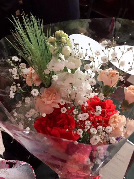 卒業式の花束