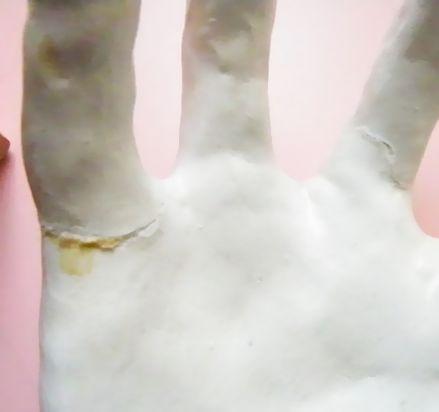手のマネキン (2)