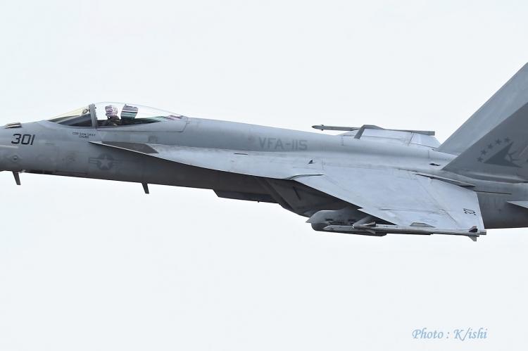 A-3915.jpg