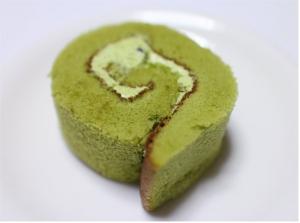 宇治抹茶ロールケーキパスコ2