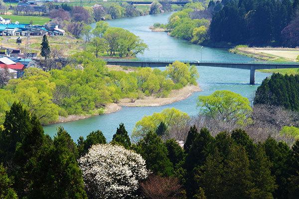 紫波町 城山公園から北上川